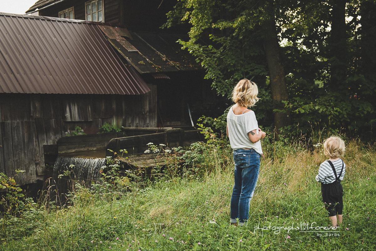 lifestyle photographer family photographer in monaghan sromowce nizne