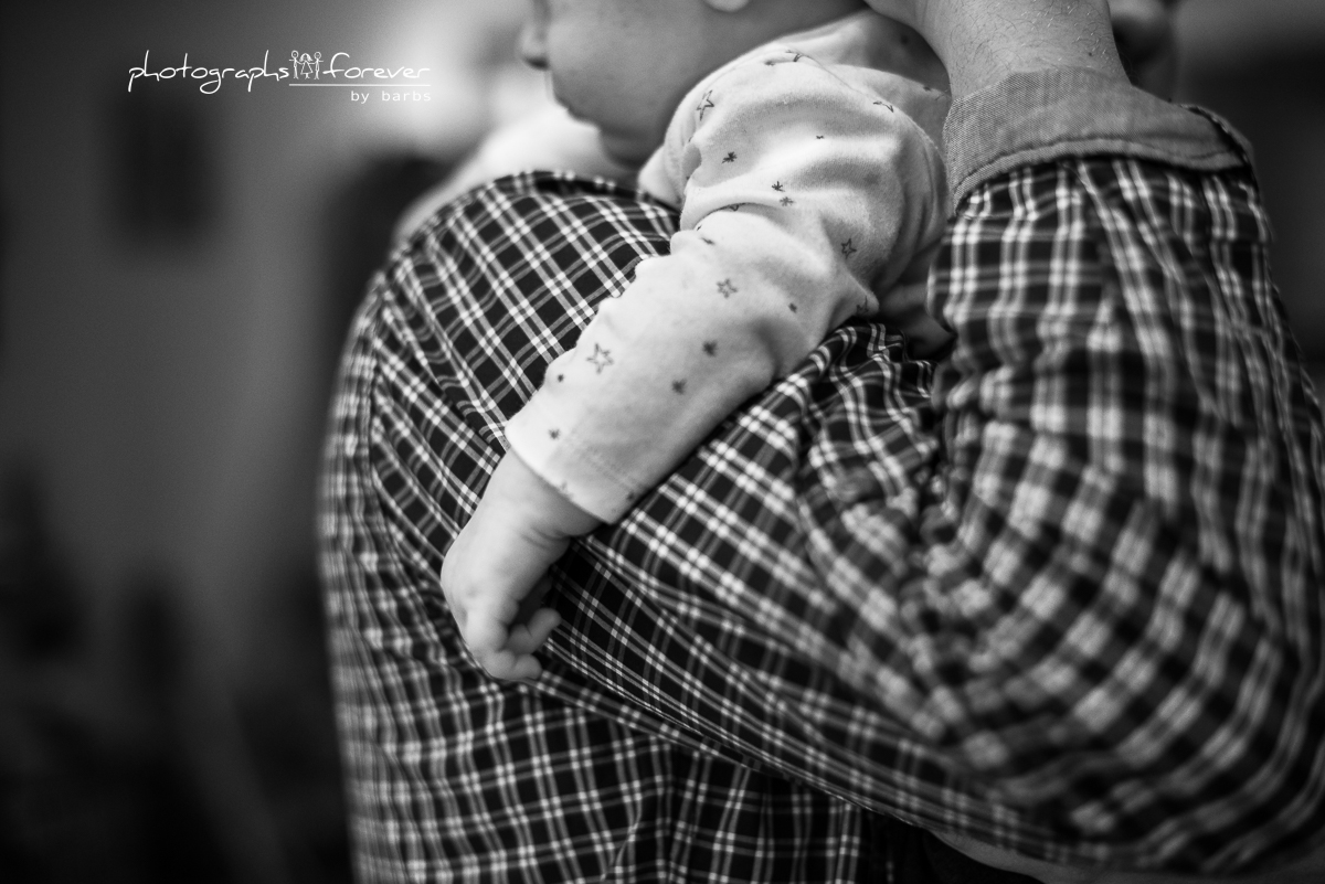 newborn photography family session in monaghan