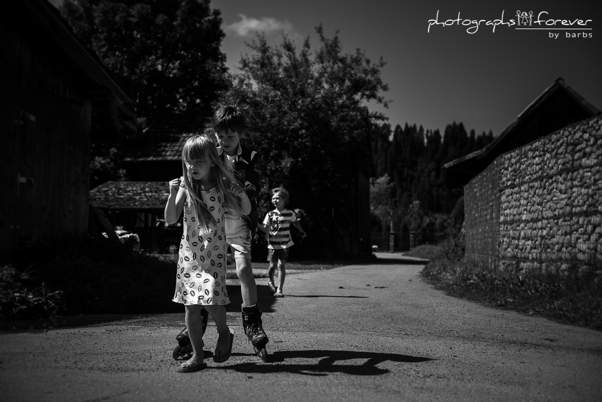 lifestyle photographer family sessions in monaghan