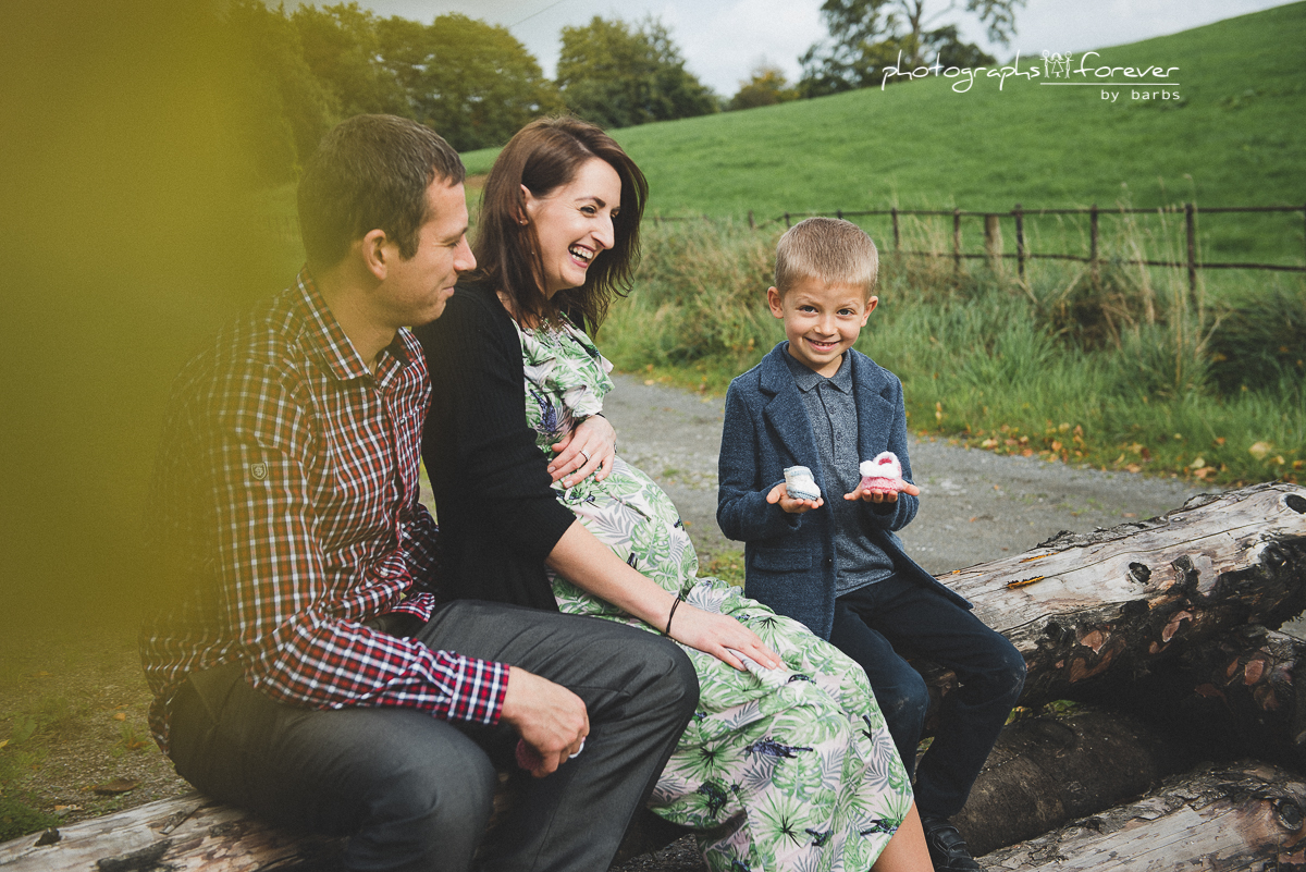 family photographesr in monaghan pregnancy photoshoot
